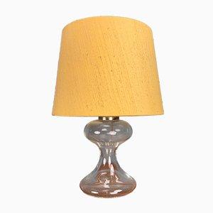Lampada da tavolo M1 di Ingo Maurer con base in vetro e paralume in seta gialla, anni '60
