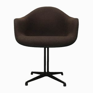 Mid-Century Fiberglass Armchair by Charles & Ray Eames for Herman Miller