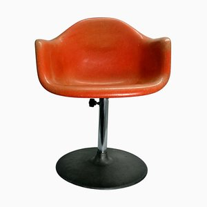 Shell Lounge Chair by Charles & Ray Eames for Herman Miller, 1960s