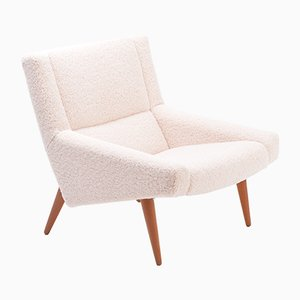 Mid-Century Danish Modern Model 50 Chair in White Teddy Fur by Illum Wikkelsø