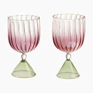 Set da tè e acqua Calypso rosa di Serena Confalonieri