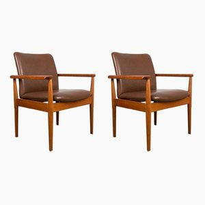 Danish Teak and Leather Model 209 Diplomat Armchairs by Finn Juhl for Cado, 1960s, Set of 2
