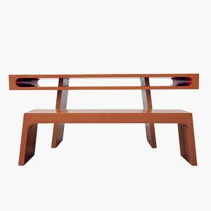 Tavolino Red Slot di Maria Vidali