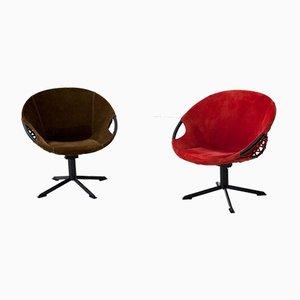 Olivgrüne & rote Sessel aus natürlichem Wildleder, 1960er, 2er Set
