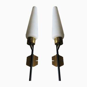 Italienische Wandlampen aus Schwarzem Metall, Messing & Opalglas von Stilnovo, 1950er, 2er Set