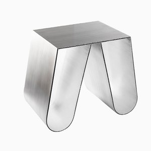 No Cardboard in alluminio spazzolato di Philipp Käfer