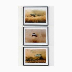 Richard Heeps, Buick im Staub, Farbfotografie, 2000, 3er-Set
