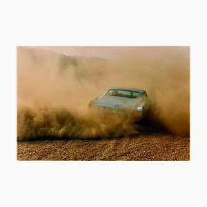 Richard Heeps, Buick In the Dust Iii, Photographie couleur, 2000