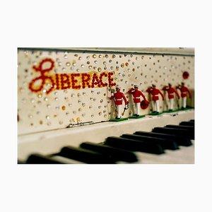 Liberace's Piano, amerikanische Pop-Art-Farbfotografie 2001