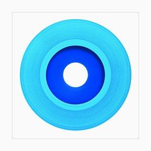 B-seitige Vinyl-Sammlung, hellblaue Aufnahme - Pop-Art-Farbfotografie 2016