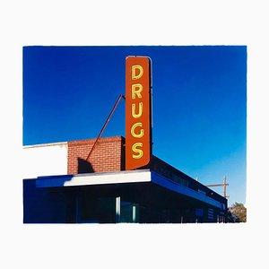 Drug Store ', Ely, Nevada - Nach der Gold Rush Serie - Pop Art Color Photo 2003