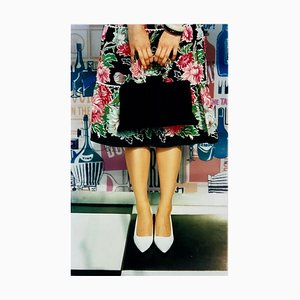 Bolso de mano negro, madera buena, Chichester - Feminine Fashion, Color Photography 2001