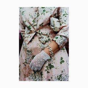 Florales geblümtes Kleid, Goodwood, Chichester - Feminine Fashion, Color Photography 2001