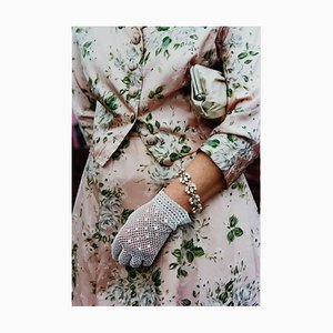 Vestido rosa floral, madera buena, Chichester - Moda femenina, fotografía en color 2009