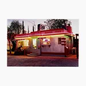 Dot's Diner, Bisbee, Arizona - Zeitgenössische Amerikanische Farbfotografie 2001
