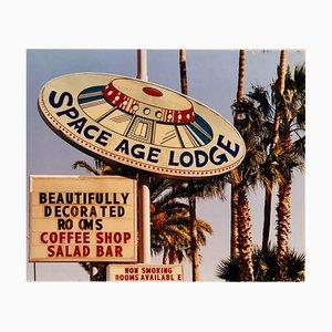 Space Age Lodge, Gila Bend, Arizona - Photographie couleur contemporaine 2001