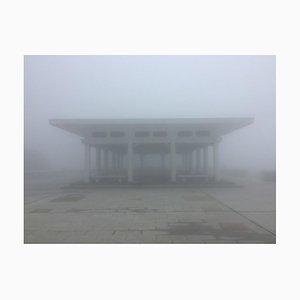 Richard Heeps, The Peak Pavilion, Hong Kong, Misty Day Color Impression photo, 2016
