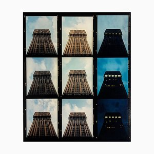 Richard Heeps, Torre Velasca Zeitraffer, Mailand, Architektonischer Konzeptioneller Fotografieabzug, 2018