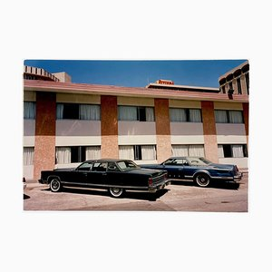 Richard Heeps, Lincolns La Concha, Las Vegas, filmischer zeitgenössischer Farbfotografiedruck, 2001