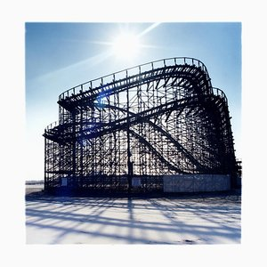Große Weiße Achterbahn, Wildwood, New Jersey - Blue, Color Photography 2013