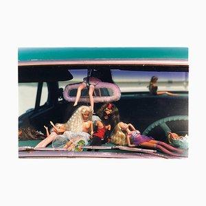Oldsmobile & Sinful Barbie's, Las Vegas, Fotografía en color contemporánea 2001