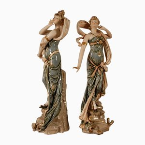 Porcelain Art Nouveau Sculpture, Riessner, Stellmacher & Kessel, Emblematic of the Wind