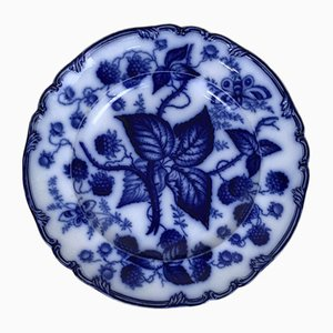 English Victorian Flow Blue Transferware Dinner Plate with Berry Pattern, 1880s
