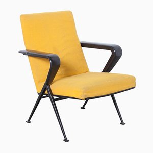 Repose Armchair in Yellow by Friso Kramer for Ahrend de Cirkel