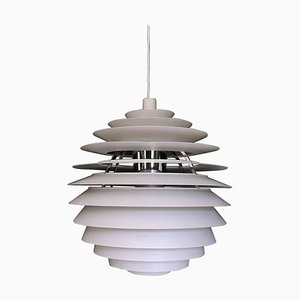 Lampe à Suspension Monochrome, Modèle Louvre, Scandinave par Poul Henningsen