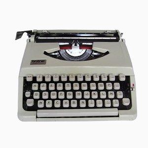 Máquina de escribir de viaje Deluxe 200 de Brother, años 70