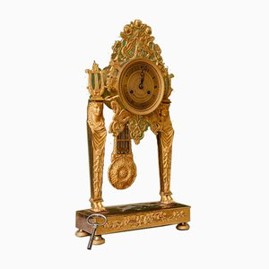 Empire Vergoldete und Gemeißelte Bronze Uhr