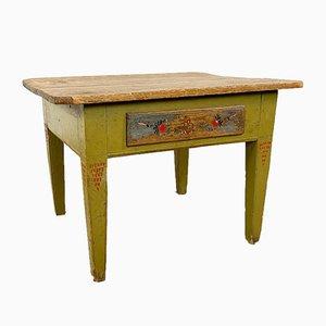 Antiker schwedischer Bauerntisch in Olivgrüner Bemalung