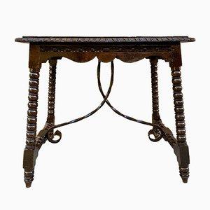Antiker kastilischer Walnuss Tisch aus frühem 20. Jh. Mit salomonischen Drehbeinen