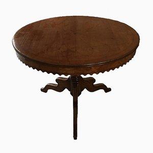 Antiker runder Couchtisch aus Solidem Nussholz