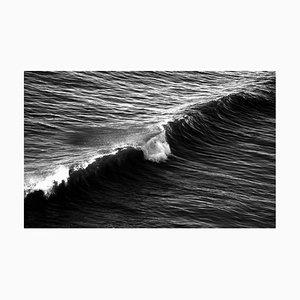 Langer Wave in Venice Beach, Schwarz & Weißer Giclée Druck auf Matte Cotton Paper 2020