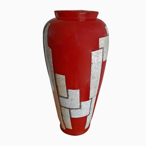 Shell Egg Vase with Red Lacquer in the style of Jean Dunand