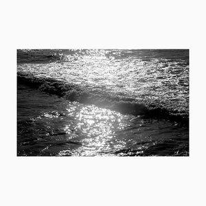 Seelandschaft Schwarz & Weiß Giclée Druck, Pacific Sunset Waves, Limitierte Edition 2020