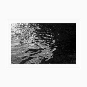 Abstraktes Schwarzweiss-Giclée der Schwarzen Meer-Rhythmen-Bewegungen, nautische Nacht 2020