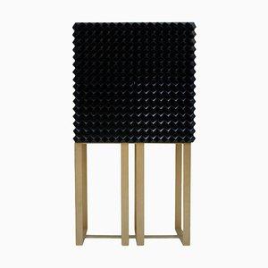 Handbemalter italienischer Schrank aus strukturiertem Massivholz von L.A. Studio