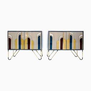 Italienische Sideboards aus massivem Holz und farbigem Glas aus der Mitte des Jahrhunderts, 2er-Set