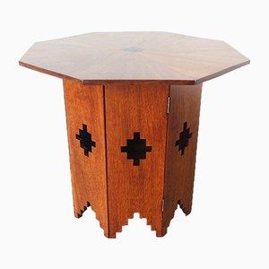 Mesa auxiliar portuguesa octogonal de madera de sucupira