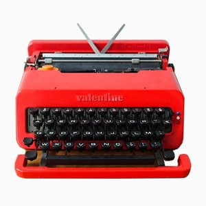 Máquina de escribir Valentine roja de Ettore Sottsass para Olivetti Synthesis, años 70