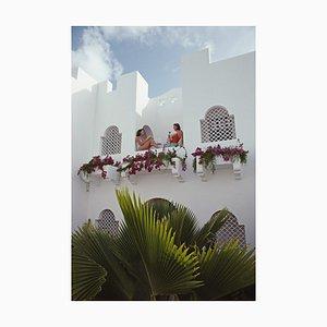 Slim Aarons, Cap Juluca Hotel, Übergroßer C-Druck in Weiß, 1992