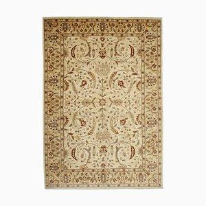 Beiger Handgefertigter Traditioneller Wolle Oushak Teppich