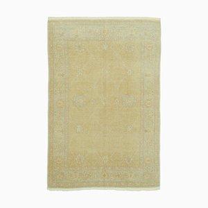 Gelber Oushak Teppich aus handgeknüpfter Wolle in Gelb