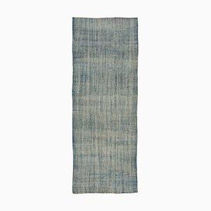 Blauer Anatolischer Handgeknüpfter Teppich aus Wolle und Eingefärbten Läufer