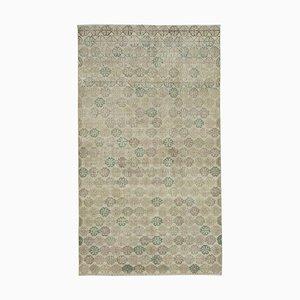 Anatolischer Handgefärbter Beiger Vintage Teppich aus Wolle