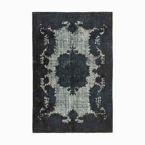 Überfärbter Schwarzer Vintage Teppich aus handgeknüpfter Wolle