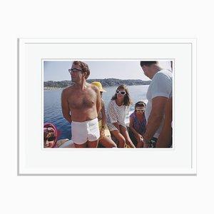 Slim Aarons, Celebrity Cruise Oversize C Imprimé Encadré en Blanc