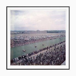 Slim Aarons, Chantilly Racecourse Oversize C Print Encadré en Noir
